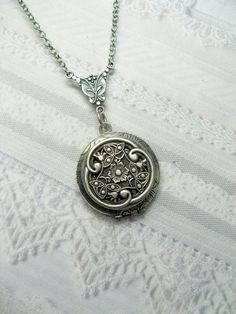Silver Celtic Knot Locket Necklace  Silver Celtic by birdzNbeez, $24.00