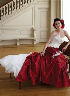 Central Coast Sweetheart Pretty Floor-Length A-Line Red Strapless Lace-Up Wedding Dress