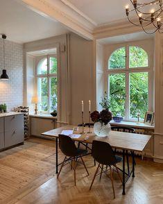 Home Interior Living Room .Home Interior Living Room Home Design, Interior Design Trends, Room Interior Design, Design Design, Design Ideas, Design Room, Graphic Design, Design Styles, Interior Paint