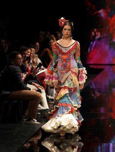 SIMOF 2018: el desfile de Aurora Gaviño, en fotos / J.M. Serrano / Rocío Ruz Edwardian Dress, Virginia, Nails, Dresses, Fashion, Flamenco Dresses, Bohemian, Finger Nails, Gowns