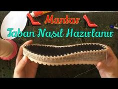 Örgü Ayakkabılar İçin Elde Kumaştan Tabanlık Yapımı - YouTube Crochet Sandals, Crochet Shoes, Crochet Slippers, Flip Flop Sandals, Shoes Sandals, Dress Shoes, Tabata, Tutorial, Oxford Shoes