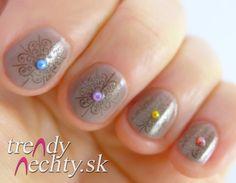 Short nails, Nail art, Nail Design, Rhinestone