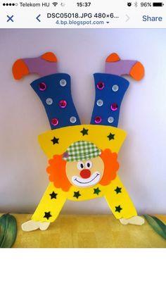 Decorazioni per la festa di Carnevale headphone photoraphy – Headphone Kids Crafts, Clown Crafts, Carnival Crafts, Carnival Themes, Diy And Crafts, Arts And Crafts, Paper Crafts, Circus Birthday, Circus Theme