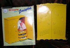 Armario barriguitas. We Remember, Miniture Things, Retro Vintage, Nostalgia, Childhood, Memories, Cards, Mini Houses, Furnitures