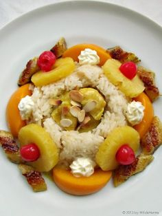 Riz Casimir - wer hat's erfunden? Swiss Recipes, Fruit Salad, Poultry, Nom Nom, Oatmeal, Dinner Recipes, Food And Drink, Meat, Gourmet