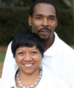 Rodney King was found dead yesterday by his fiancee, Cynthia Kelley. She allegedly said that she awoke when Rodney was banging on the window on Sunday at A. Rodney King, The Man, Shit Happens, Sayings, Friends, News, Reading, Random, Books