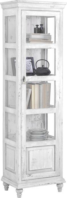 Diese Vitrine von AMBIA HOME ist der neue Blickfang in Ihrem Zuhause. Das Möbel, das massives Mangoholz mit einer hochwertigen Flachpressplatte kombiniert, vereint beste Qualität mit anspruchsvollem Design. Dank dezentem Weiß passt die Vitrine zudem perfekt zu Ihrer Einrichtung. Hinter der Drehtür aus Glas präsentieren Sie Ihr edles Porzellanservice oder kunstvolle Accessoires. Auf 4 Einlegeböden kommen diese bestens zur Geltung. Zudem bietet das Möbel bei einer Gr