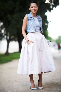 9 Street Style Ways to Wear The Midi Skirt ... | All Women Stalk