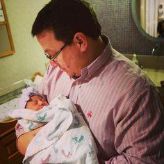 with Grandpapá Jonas ♥ #AlenaRoseJonas #BabyJonas #Girl #Love #Princess #Niece #KevinJonas #DanielleJonas ♥