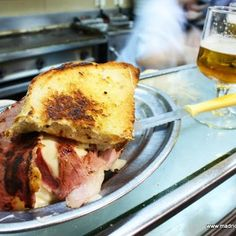 Melo's // Lavapies // Madrid Paella, Tapas, Padron, Bar, French Toast, Favorite Recipes, Breakfast, Food, Sandwiches