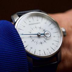 Prokop & Brož - Onehandwatch - waiting for a doctor.