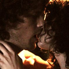 Jamie & Claire from the Outlander series Claire Fraser, Jamie Fraser, Jamie And Claire, Outlander Gifs, Outlander Tv Series, Outlander Wedding, Outlander Quotes, Sam Heughan Caitriona Balfe, Sam Heughan Outlander