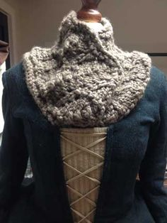 Dresbach explains Claires mixandmatchGaranimalsstyle clothing Outlander Fashion Scarf Pattern