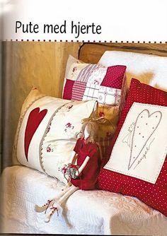 Wonderful Mesmerizing Sewing Ideas for All. Awe Inspiring Wonderful Mesmerizing Sewing Ideas for All. Cute Cushions, Cute Pillows, Diy Pillows, Decorative Pillows, Throw Pillows, Christmas Sewing, Christmas Pillow, Diy Pillow Covers, Cushion Covers