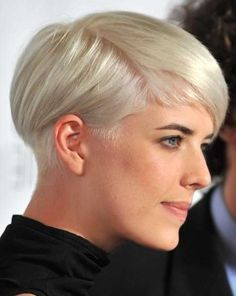 Agyness Deyn - long top, buzzed neck