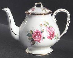 Royal Stafford Berkeley Rose Teapot & Lid