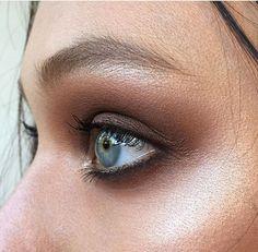 Ania Milczarczyk makeup