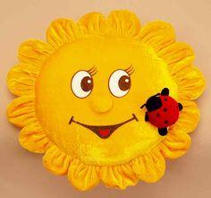 Подушка солнышко из флиса