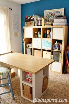 n hzimmer tisch und regal n hecke und zuschneidetische pinterest n hzimmer regal und tisch. Black Bedroom Furniture Sets. Home Design Ideas