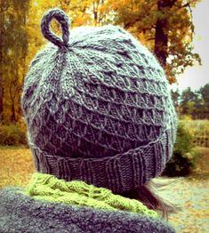 Ravelry: Garnomeras Våffelmössor pattern by Maria Samuelsson Ravelry Free, Knit Crochet, Crochet Hats, Free Crochet, Fingerless Mittens, Drops Design, Yarn Crafts, Hats For Women, Handicraft