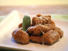 Gnocchi all'ossolana con zucca e castagne dalla cucina piemontese