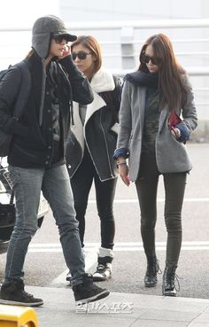 f(x) - Amber, Luna & Krystal Korea Fashion, Kpop Fashion, Krystal Jung Fashion, Airport Fashion Kpop, Celebrity Airport Style, Amber Liu, Jessica & Krystal, Korea Style, Expensive Taste