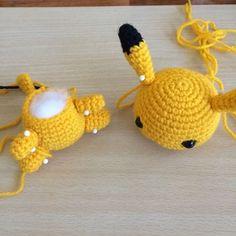 Pikachu pattern free