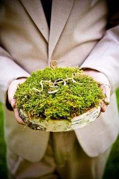 ring bearer pillow, what do you think Sharni? Cool for your nature wedding