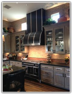SUBWAY TILE effect, but rougher and not stark white. Brick Interior, Interior Walls, Kitchen Design, Kitchen Decor, Kitchen Ideas, Brick Face, Kitchen Hoods, Subway Tile, Home Staging