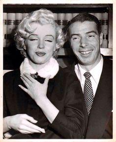 Marilyn Monroe Joe Dimaggio S Wedding Day 1954 Photos Marylin