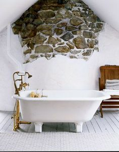 Stone bath... although I wish it were covering the whole wall