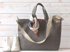 Canvas Diaper bag, Canvas Messenger bag, Work bag, Women messenger, Travel bag, Waterproof, Zipper and 5 Pockets €130