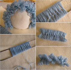 Step by Step Wool Felt Doll Hair - Spielzeug Doll Wigs, Doll Hair, Doll Crafts, Diy Doll, Knitted Dolls, Crochet Dolls, Homemade Dolls, Doll Tutorial, Cape Tutorial
