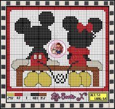 pixel art mickey et minnie Disney Cross Stitch Patterns, Modern Cross Stitch Patterns, Cross Stitch Designs, Disney Stitch, Cross Stitch Boards, Cross Stitch Baby, Pixel Art Mickey, Cross Stitching, Cross Stitch Embroidery
