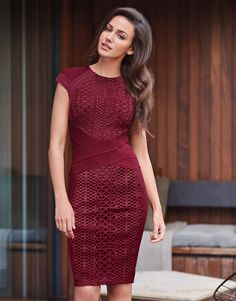 Going for sleek and stylish? Look no further we've got you covered in this Lipsy Love Michelle Keegan bodycon dress in a figure flattering cut that screams both sultry and chic. Just add a pair of high heels and clutch for added glam element.