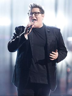WATCH: Jordan Smith Is Going on Tour – See Him Cover His Coach Adam Levine's 'Love Somebody' http://www.people.com/article/jordan-smith-announces-tour-covers-love-somebody