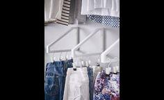 Ces petits supports peuvent être très pratiques si vous aimez préparer en avance ce que vous allez porter durant la semaine.