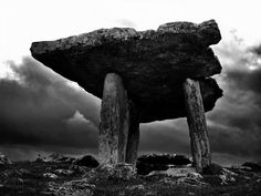 Poulnabrone - Kerry, Ireland