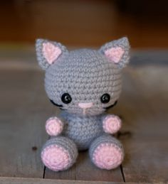Kaylie the Kitten amigurumi pattern by Theresas Crochet Shop