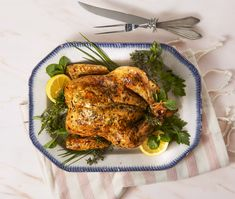 Banting-friendly recipes for the entire week: Time to be carb clever! Herb Roasted Chicken, Roast Chicken, Tandoori Chicken, Banting Diet, Banting Recipes, Meringue Roulade, Dinner This Week, Good Housekeeping, Food To Make