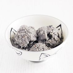 Easy Three Ingredient Homemade Dog Ice Cream - Coconut Blueberry