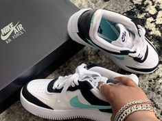 Blue and black air force #nike #nikesneakers #nikeairforce1 Nike Airforce 1, Air Force 1, Sneakers Nike, Blue, Shoes, Fashion, Nike Tennis, Moda, Zapatos