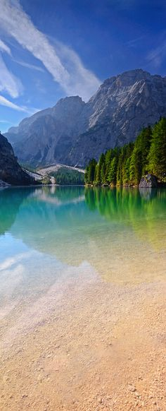 Dolomites Italy Lake Braies - Flight, Travel Destinations and Travel Ideas Places Around The World, Oh The Places You'll Go, Places To Travel, Places To Visit, Around The Worlds, Travel Destinations, Wonderful Places, Beautiful Places, Photos Voyages