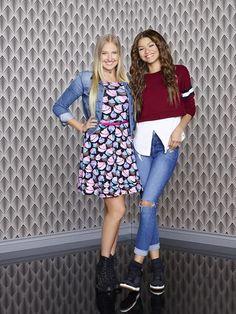 Meet Veronica Dunne, Who Plays Zendaya's Best Friend on 'K. Zendaya Outfits, Zendaya Style, Casual Outfits, Cute Outfits, Zendaya And Trevor Jackson, Kc Undercover Outfits, Hannah Montana Outfits, Disney Channel Stars, Disney Stars