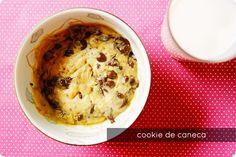 Você merece se mimar com um cookie de caneca. | 15 coisas deliciosas que você pode cozinhar em canecas