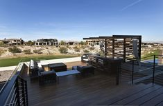 Modern terrace designed by assemblageSTUDIO