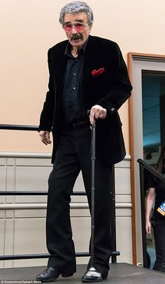 Back in black: Burt Reynolds looked frail at his May 9 at Comic Con, but a friend told Closer Weekly that the doesn't want anyone feeling sorry for him Tv Actors, Actors & Actresses, Burt Reynolds, Film Man, Smokey And The Bandit, Celebrities Then And Now, Vintage Black Glamour, Star Wars, Stars
