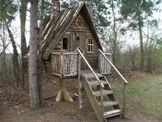 This coop... it seems to refer to the old Slavic Baba Yaga myths; she lives in a hut with chicken legs!