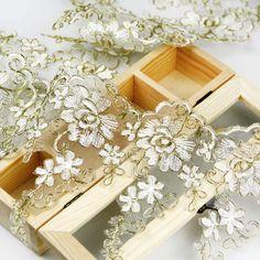 "White Vine Flower with Golden Edge Mesh Lace Trim 17.5cm(6.88"") | Wholeport.com"