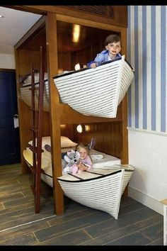 Boat bed bunk bed bed # Children& room- that looks great ! Boat Bed that looks great !